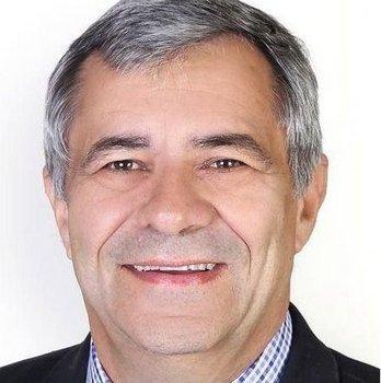 Peter Myers Knysna DA Fedex battle
