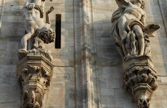 statues duomo