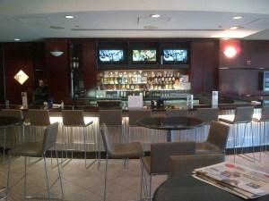 United Club Bar at Newark (EWR)