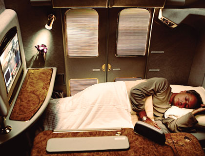 emirates-a380-first-class-suite-full-flat-bed