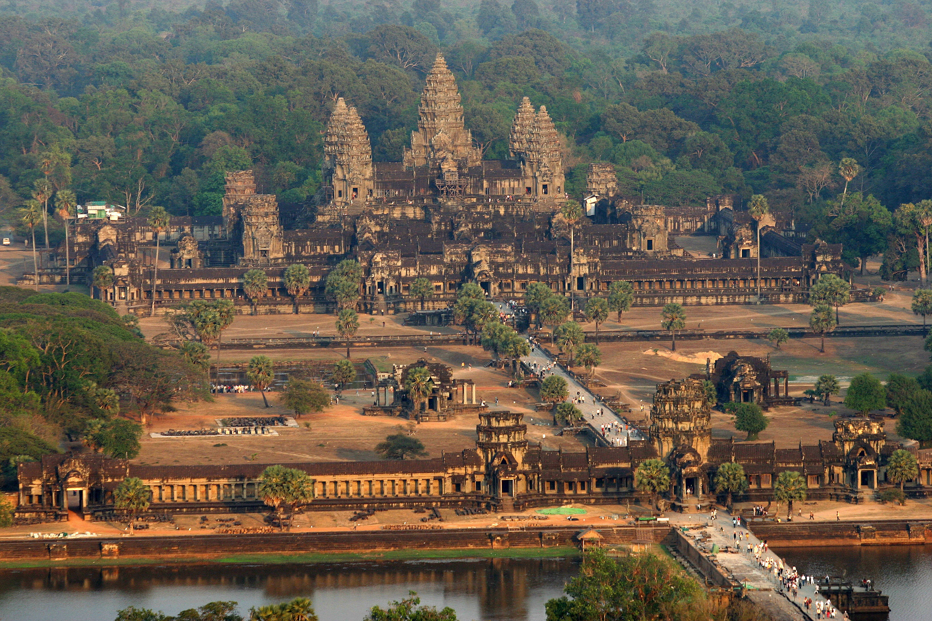 Part 2: Finding a way home from Cambodia and my goal of keeping the total cost of this trip under $350