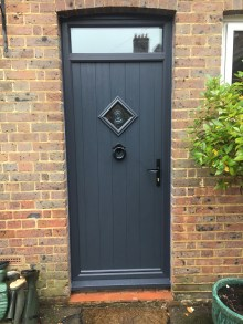 The Flint 1 with top box in anthracite grey