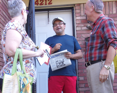 "Guillermo Perezlima, center, speaks with Socialist Workers Party members Amy Husk and Dean Hazlewood in Louisville, Kentucky, Sept. 22. ""As an immigrant, I've been treated differently,"" Perezlima said, ""I work hard but they look at me differently."" He purchased a Militant subscription and said he wanted to attend weekly discussions the party organizes."