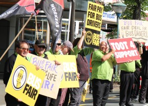 Union bus drivers picket regional council building in Hamilton, New Zealand, Nov. 20, part of fight against five-day lockout by Go Bus bosses over workers' demand for a pay raise.