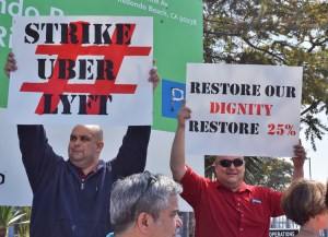 March 25 protest outside Uber headquarters in Redondo Beach during 25-hour drivers' strike against bosses' 25 percent pay cut. Actions also took place in San Francisco, San Diego.