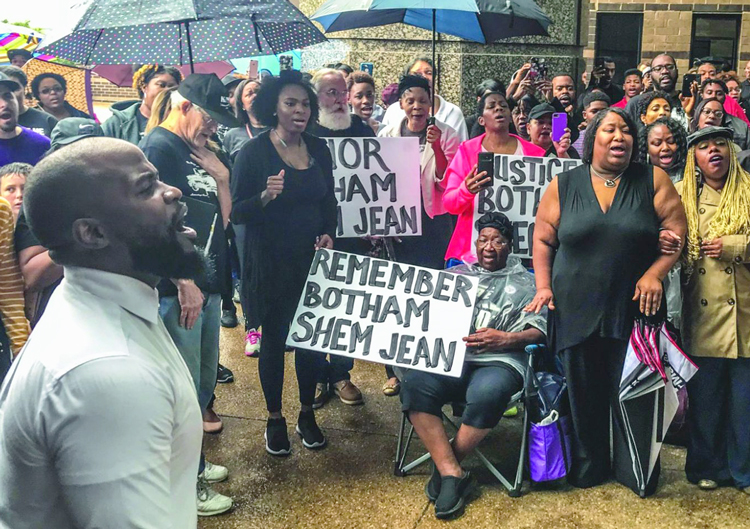 Sept. 30, 2018, Dallas protest after cop Amber Guyger shot and killed Botham Jean as he ate ice cream in his apartment. Protests forced cops to fire Guyger and led to murder conviction.