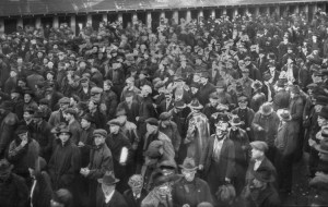 """En febrero de 1919 más de 60 mil sindicalistas en Seattle participaron en la primera huelga general en EEUU. La ciudad fue azotada por """"influenza española"""" pero los trabajadores no dejaron de luchar."""