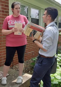 Amy Blair in Louisville, Kentucky, got Militant subscription and The Clintons' Anti-Working-Class Record after talking with SWP congressional candidate Samir Hazboun.