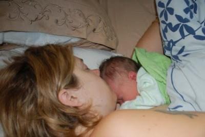co sleeping breastfeeding