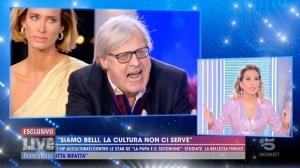 Ma è matto?! Sgarbi ha osato sfidare la Gran Dea d'Italia: Barbara D'Urso
