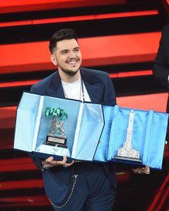 """Sanremo 2021: """"Polvere da sparo"""", testo e significato del brano di Gaudiano"""