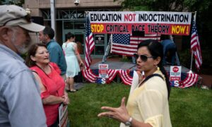 Critical Race Theory Aims to Turn Students Into 'Red Guards,' Chinese American Warns