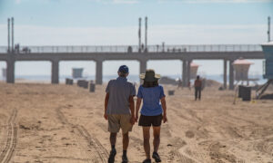 Orange County Beaches Gradually Reopen After Oil Spill
