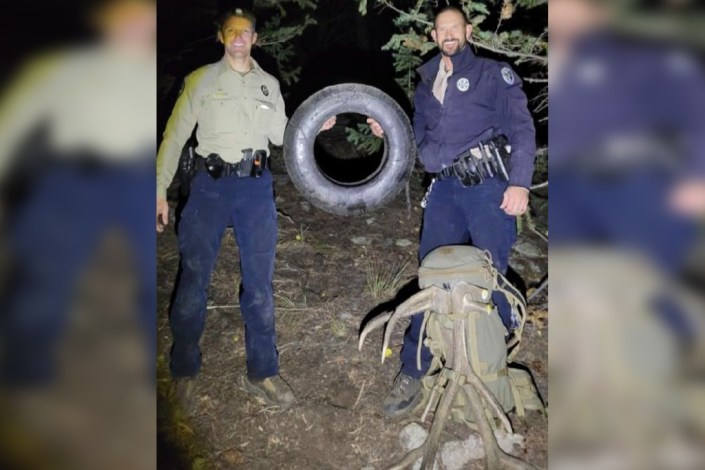 Elk has tire removed from neck after 2 years