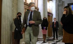 Senators Object to Bill That Would Give SBA $4.5 Billion to Run Loan Program