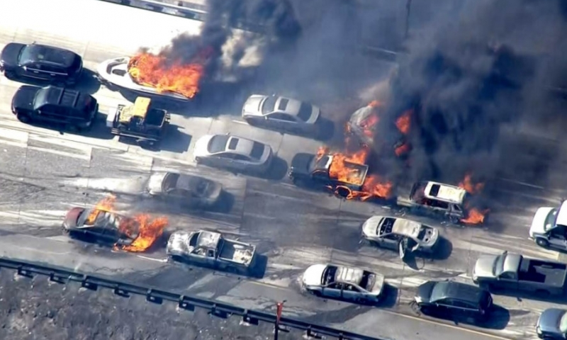 https://i2.wp.com/themillenniumreport.com/wp-content/uploads/2018/11/CA-Fire-cars-buring-on-freeway-800x480.jpg