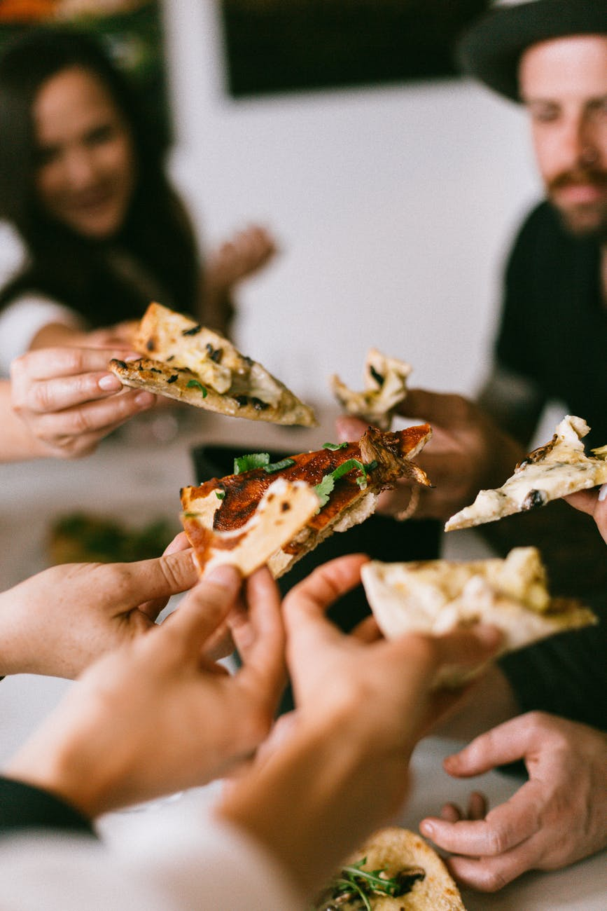 food pizza hands friends