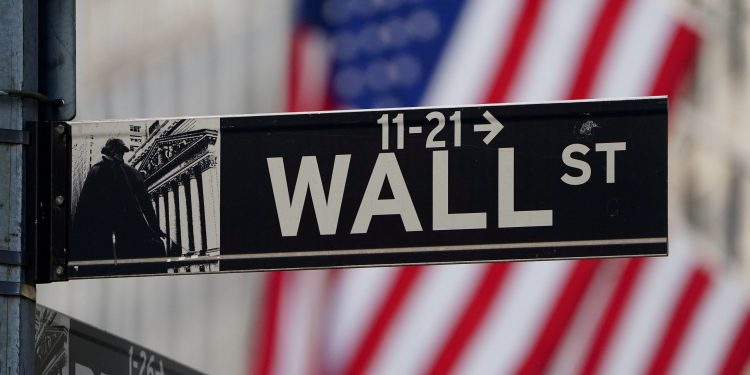 Who is Wall Street backing for president?