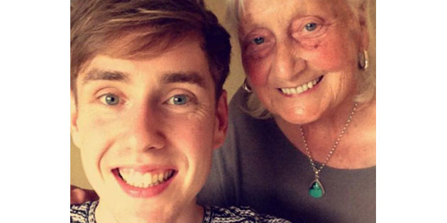 This Grandma's Google Searches Went Viral And You Have To See Why!