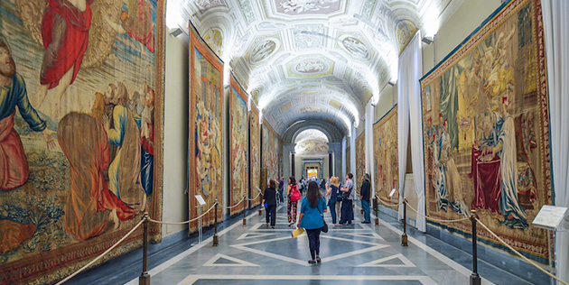 Italian Government Gives €500 to 18-Year-Olds to Buy Books, Museum Tickets, and More
