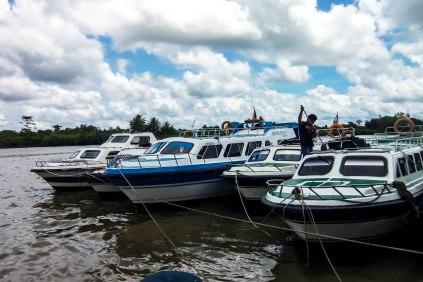 Speed boat kecil untuk ke Tarakan