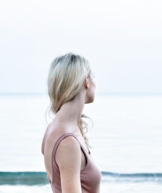 Hipotiroidismo-Como-Reequilibrar-Hormonas-The-Minimal-Magazine