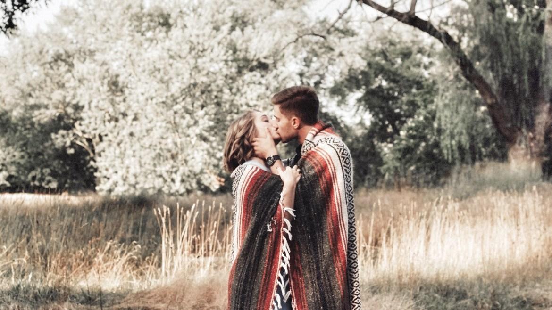Relacionamentos | O Virtual Matou o Real?