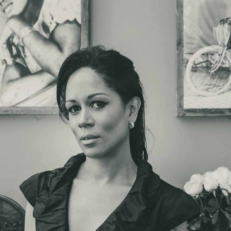Silvia Ferreira - The Minimal Magazine