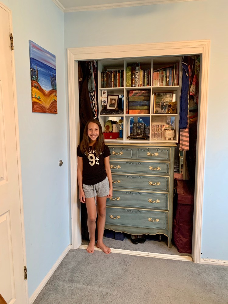 Designing an Easy & Cool Tween Room for Middle School! - The Mint Chip Mama