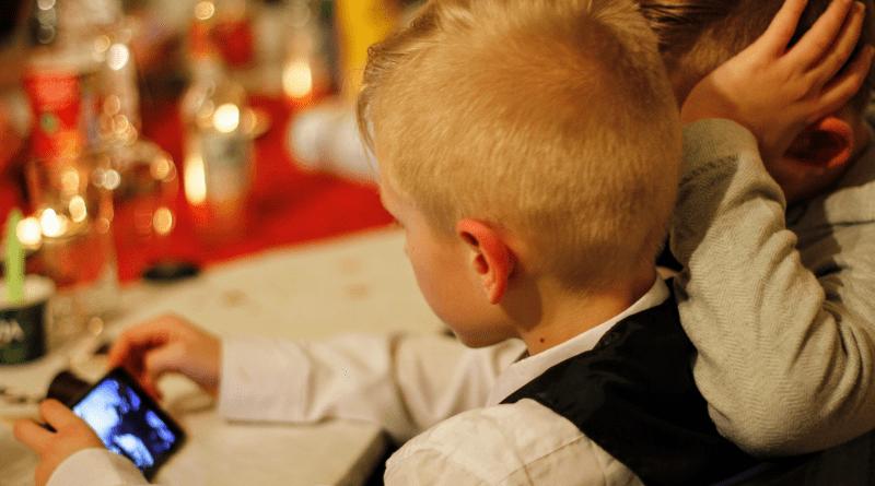 bambini, tecnologia e cyberbullismo