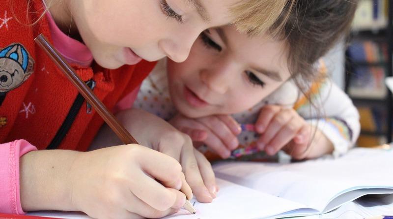 bambine - disegni - festa del papà - origini - tradizioni - curiosità - idee regalo - the minutes fly - web magazine