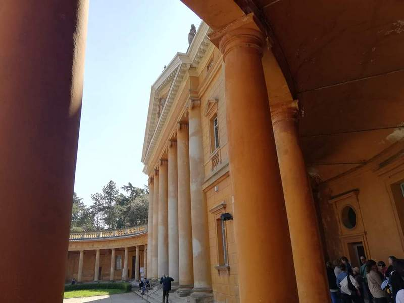 entrata villa teatro - the minutes fly - web magazine