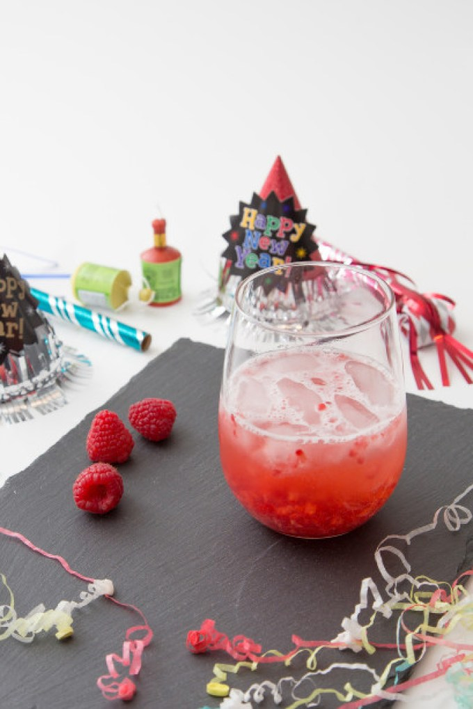Raspberry Prosecco Cocktail 2 | The Missing Lokness