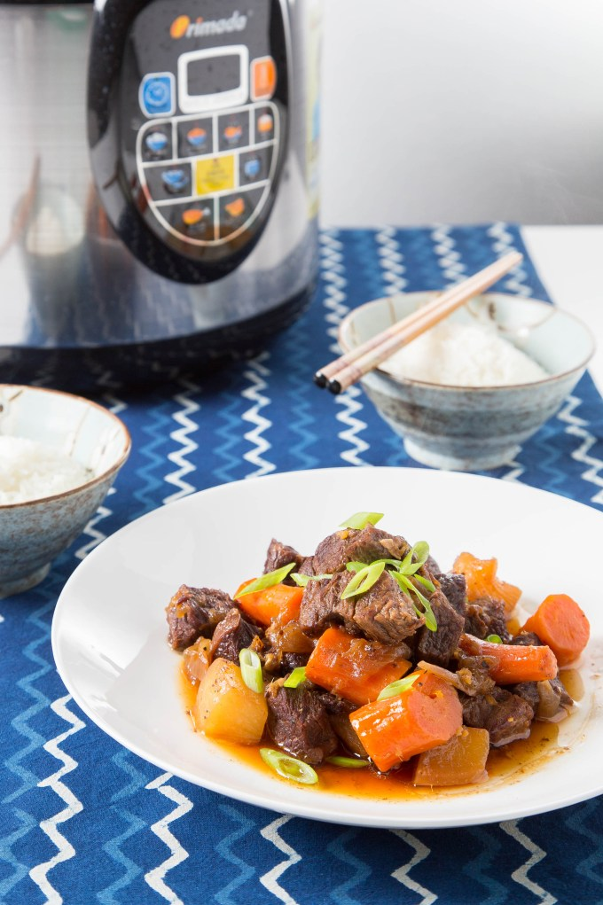 Braised Short Ribs with Daikon and Carrot (Pressure Cooker) 1  The Missing Lokness