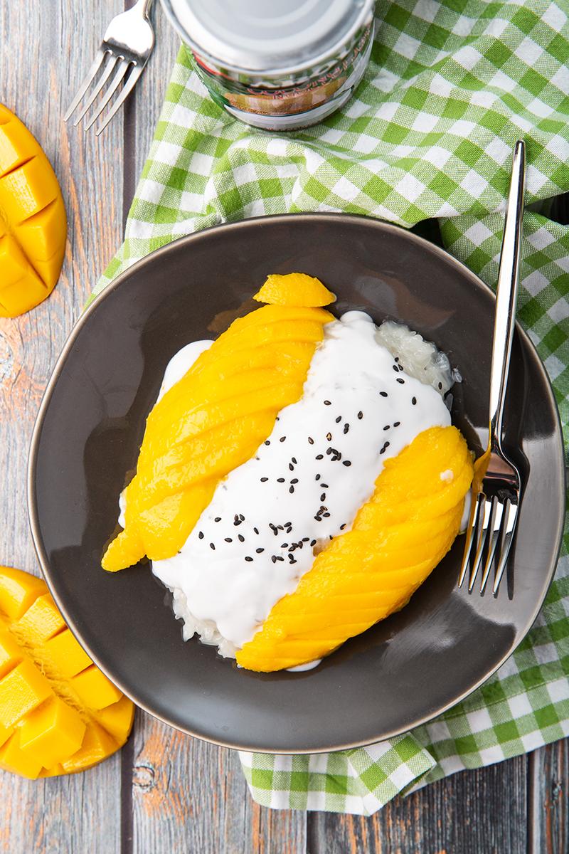 Mango Sticky Rice #mango #stickyrice #glutinousrice #coconutmilk #thairecipe #dessert #dessertrecipe | The Missing Lokness