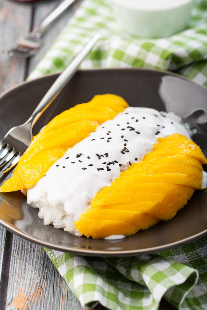 Mango Sticky Rice #mango #stickyrice #glutinousrice #coconutmilk #thairecipe #dessert #dessertrecipe | The Missing Lokness