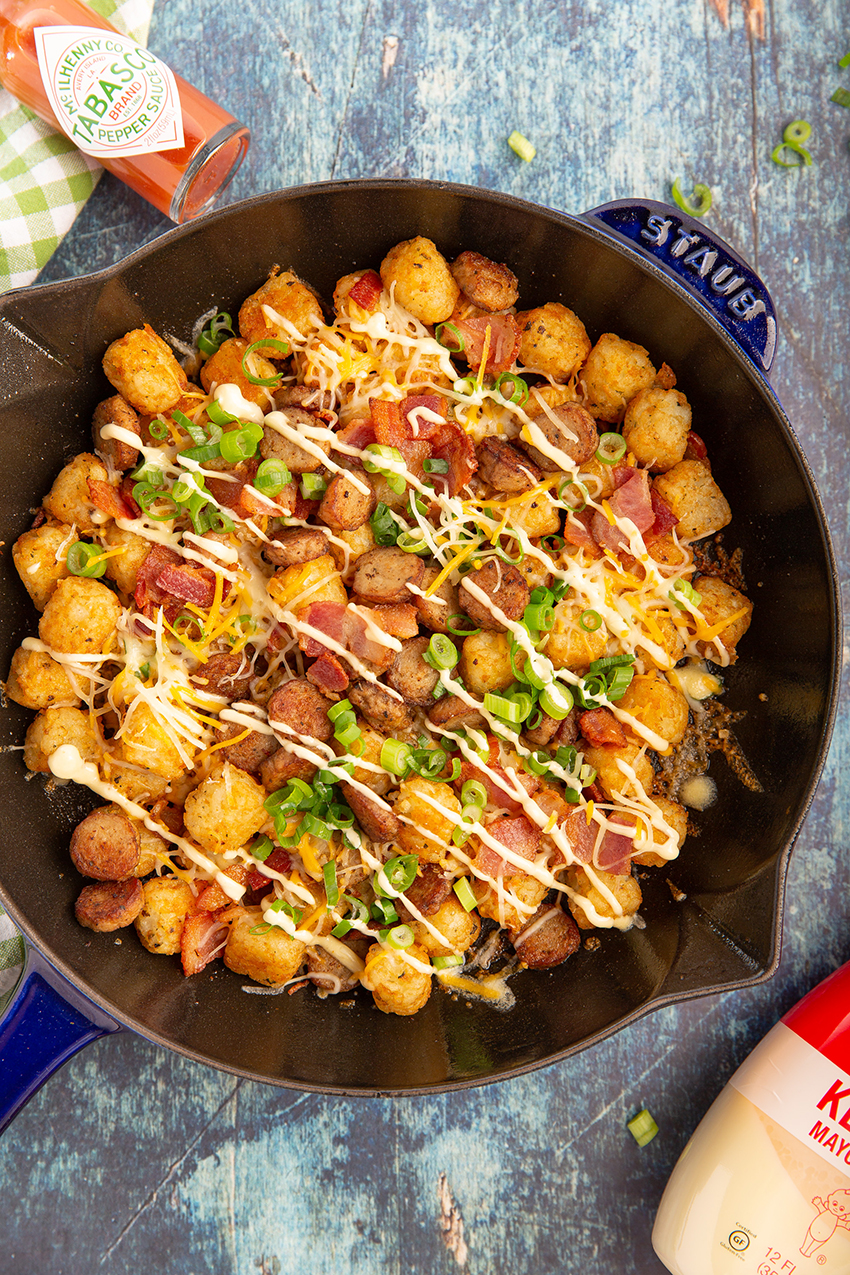 Easy Loaded Tater Tots #tatertot #bacon #sausage #tabsaco #baked #breakfast #breakfast #appetizer #appetizerrecipe #gameday #superbowl | The Missing Lokness