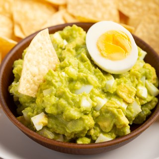 Salvadoran Guacamole #avocado #guacamole #salvadoranrecipe #egg #lemon #appetizer #appetizerrecipe #dip #sidedish | The Missing Lokness
