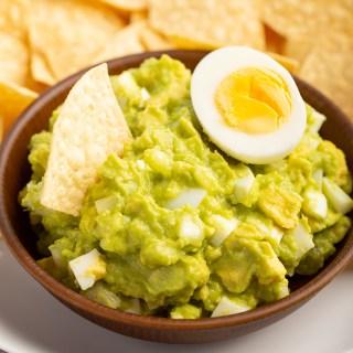 Salvadoran Guacamole #avocado #guacamole #salvadoranrecipe #egg #lemon #appetizer #appetizerrecipe #dip #sidedish | The Missing Lokness