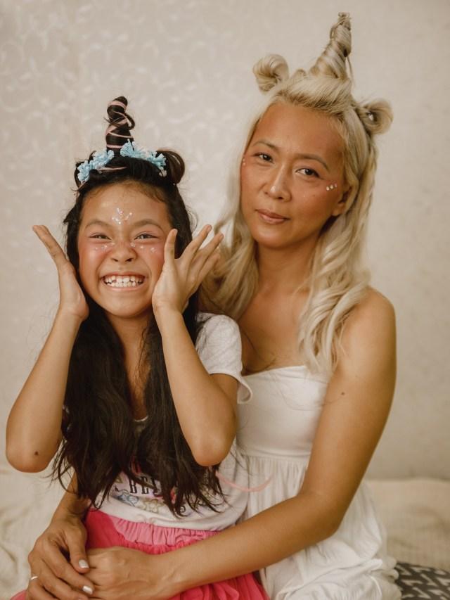 Mother-Daughter Unicorn Makeup Idea - Sunrise & Moonrise Palette