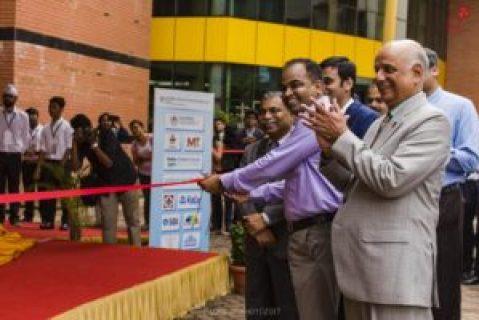 SolarMobil has their ribbon-cutting ceremony