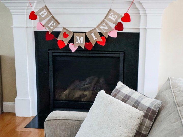 Simple Valentine's Day Decor – Decorate with Me!