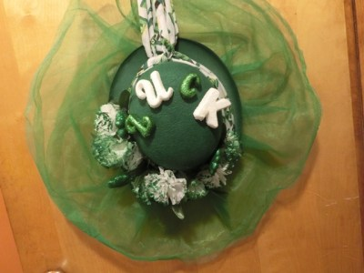 3c3e03754f6c9 DIY Dollar Tree St. Patrick s Day Wreath - The Modest Cottage
