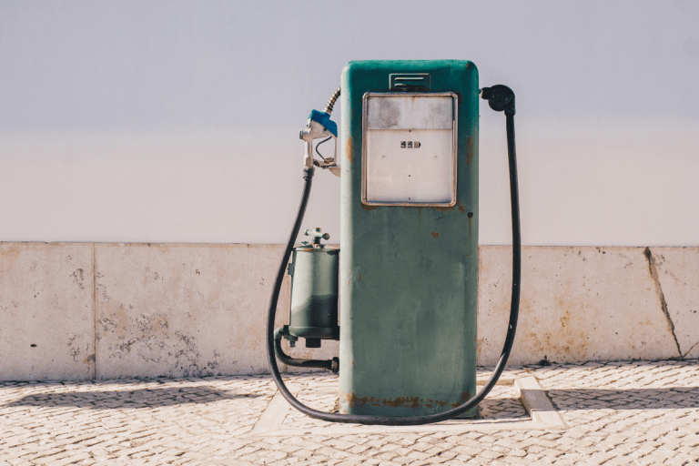 13 Legitimate Ways to Earn Discounted and Free Gas