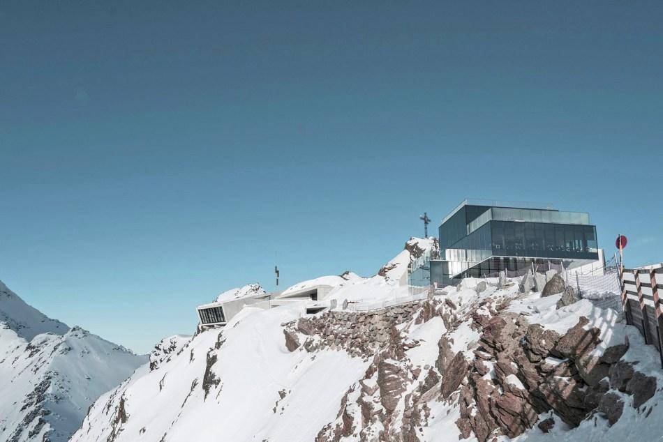 original_james-bond-museum-austria-007-elements-exterior