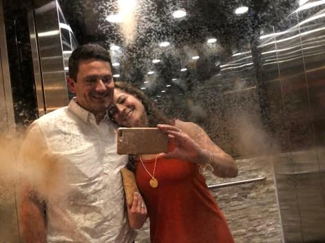 elevator-selfie-2