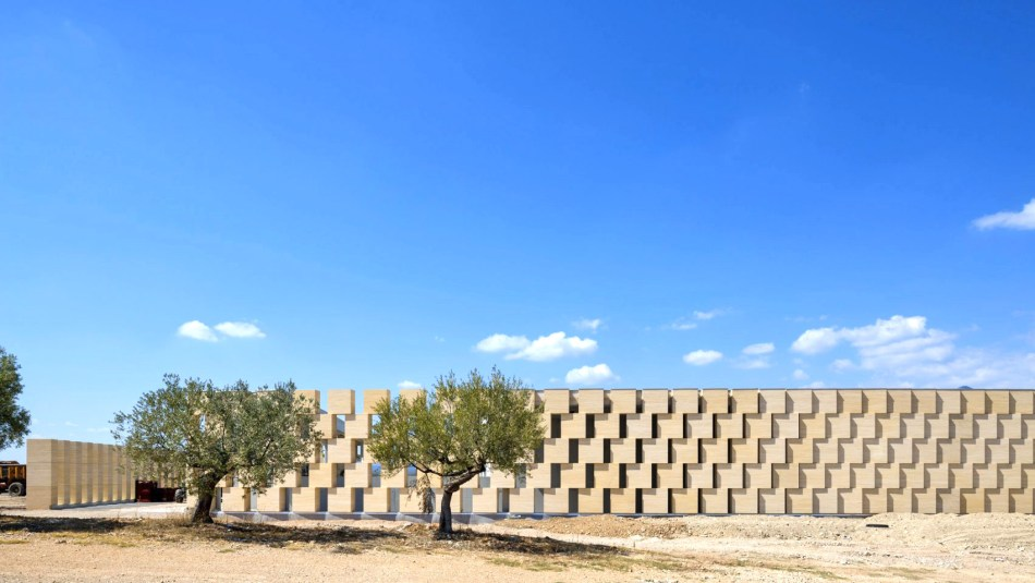 domaines-ott-winery-carl-fredrik-svenstedt-architect_dezeen_2364_hero_a-1704x959