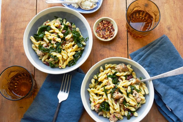 Simple Ingredient Pasta Recipes / Mia / Katie Workman / themom100.com