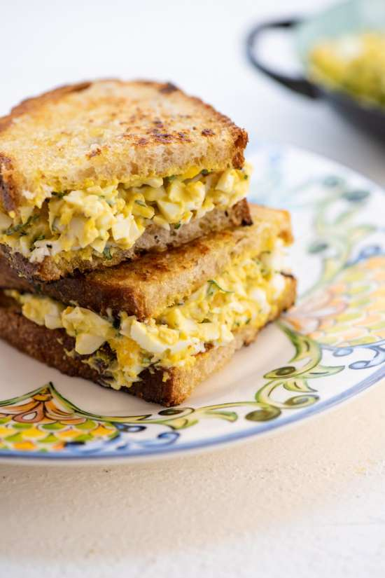 side view of an egg salad sandwich