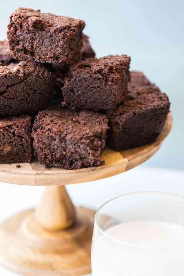 Mexican Hot Chocolate Brownies / Sarah Crowder / Katie Workman / themom100.com